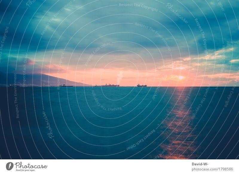 Schiffe in der Ferne Ferien & Urlaub & Reisen Tourismus Sommer Sommerurlaub Sonne Leben Umwelt Natur Landschaft Wasser Himmel Wolken Horizont Sonnenaufgang