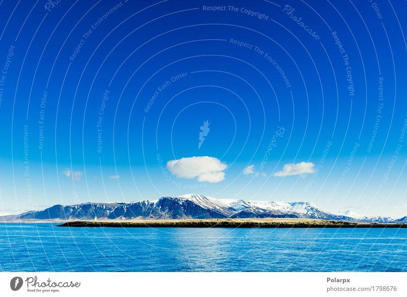 Berge im blauen Ozean schön Ferien & Urlaub & Reisen Meer Winter Schnee Berge u. Gebirge Umwelt Natur Landschaft Himmel Wolken Horizont Klima Felsen Küste See