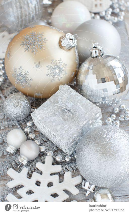 Silber und Creme Weihnachtsschmuck elegant Design Dekoration & Verzierung Weihnachten & Advent Ornament Feste & Feiern grau silber Kugel Pastell Gast dekorieren