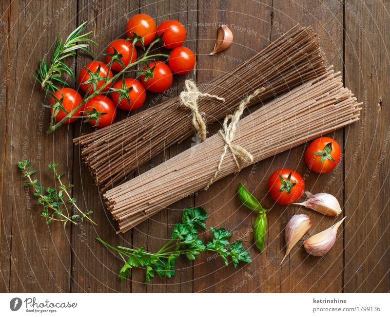 Artisan italienische Spaghetti, Tomaten und Kräuter Gemüse Teigwaren Backwaren Kräuter & Gewürze Ernährung Tisch braun grün rot Land Essen zubereiten
