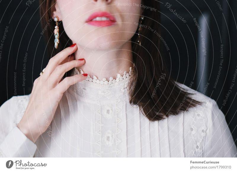 Zart_1799310 Mensch Frau Jugendliche schön Junge Frau Hand 18-30 Jahre Gesicht Erwachsene feminin Stil Haare & Frisuren offen elegant Haut Spitze