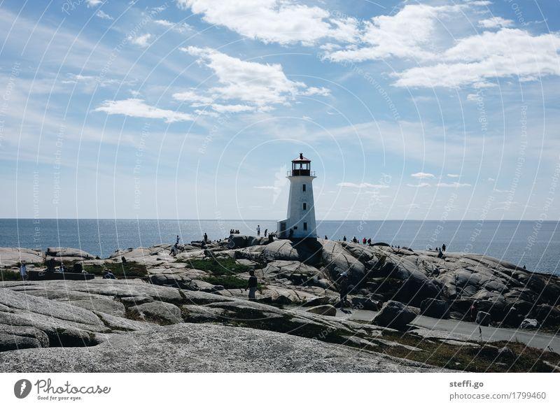 Peggys Cove Ferien & Urlaub & Reisen Tourismus Ausflug Abenteuer Ferne Sightseeing Expedition Sommerurlaub Meer wandern Mensch Felsen Küste Leuchtturm