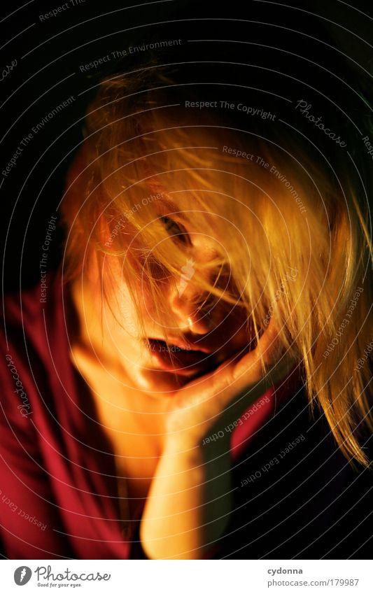 You. Frau Mensch Jugendliche schön Gesicht Erwachsene feminin Leben Gefühle Haare & Frisuren Wärme Traurigkeit elegant Haut Energie Klima