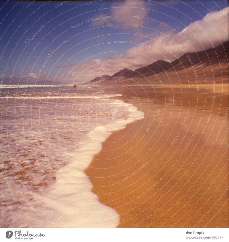 cofete Meer blau Sommer Ferien & Urlaub & Reisen ruhig Wolken Ferne Erholung Berge u. Gebirge Freiheit braun Horizont Ausflug Insel Tourismus analog