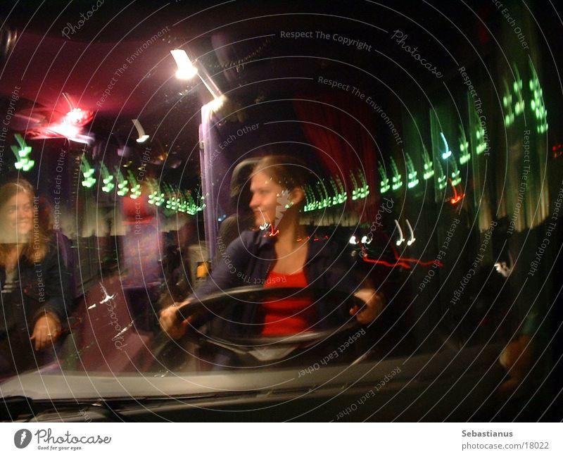 A busdrivers dreams Reisebus Barcelona Frau Bus Licht Fensterscheibe