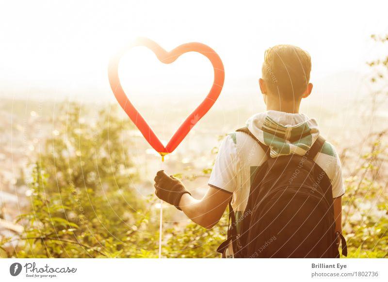 Ein Herz dafür Lifestyle Freizeit & Hobby Sommer Sonne Valentinstag Kind Mensch maskulin 13-18 Jahre Jugendliche Natur Sonnenaufgang Sonnenuntergang Wärme Stadt