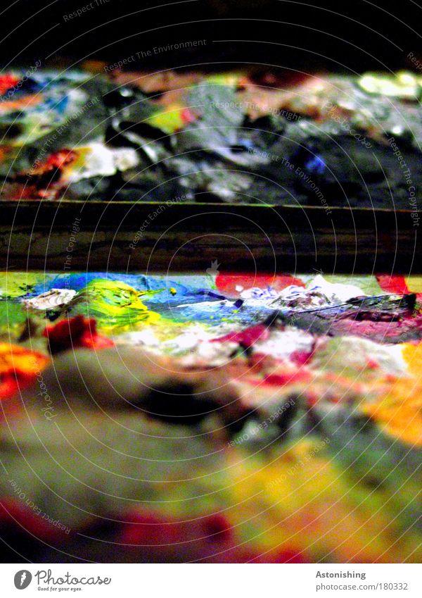 Farbschichten Farbfoto mehrfarbig Innenaufnahme Makroaufnahme abstrakt Muster Strukturen & Formen Kunstlicht Unschärfe Künstler Maler Arbeit & Erwerbstätigkeit