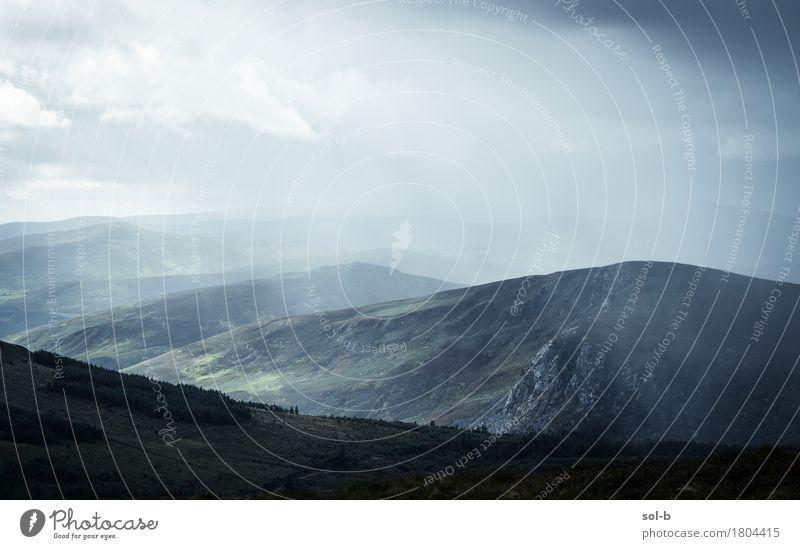 wlld Himmel Natur Ferien & Urlaub & Reisen Landschaft Wolken Ferne dunkel Berge u. Gebirge Umwelt Felsen Tourismus Regen wild Horizont Wetter Erde