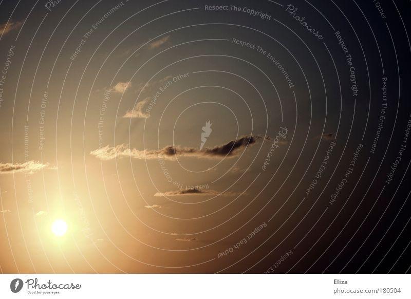 Scheinwerfer Himmel Sonne Sommer Wolken Freiheit hell Wetter Unendlichkeit strahlend Vignettierung
