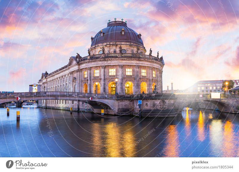 Bode-Museum im Sonnenuntergang Ferien & Urlaub & Reisen Tourismus Sightseeing Städtereise Nachtleben Wasser Sonnenaufgang Flussufer Spree Uferpromenade Berlin