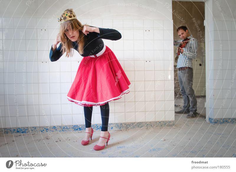 kammermusik Frau Mensch Mann Jugendliche weiß Erwachsene feminin träumen lustig blond maskulin ästhetisch trist Musik Schmuck Rock