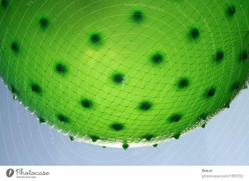 pickaxe Himmel blau grün Spielen rund Ball Netz Jahrmarkt hängen Planet Gummi gepunktet Ballsport Noppe Muster Buden u. Stände