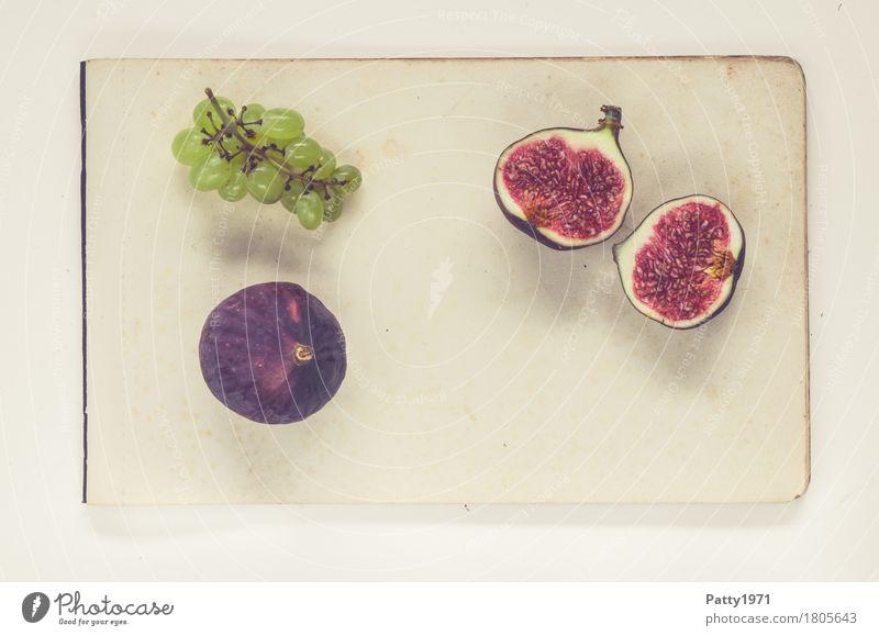 Trauben und Feigen Lebensmittel Frucht Weintrauben Ernährung Vegetarische Ernährung Papier Zettel frisch Gesundheit retro rund saftig süß grün violett rot
