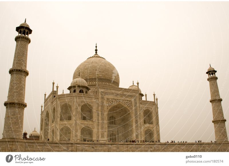 Taj Mahal Farbfoto Tag Mensch groß Weltwunder Agra Indien Sehenswürdigkeit Ferien & Urlaub & Reisen Marmor Stein Himmel Religion & Glaube Moslem Moschee Grab
