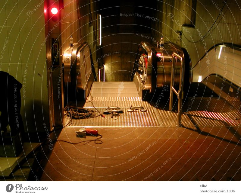 defekt Rolltreppe Werkzeug Stil Licht Elektrisches Gerät Technik & Technologie