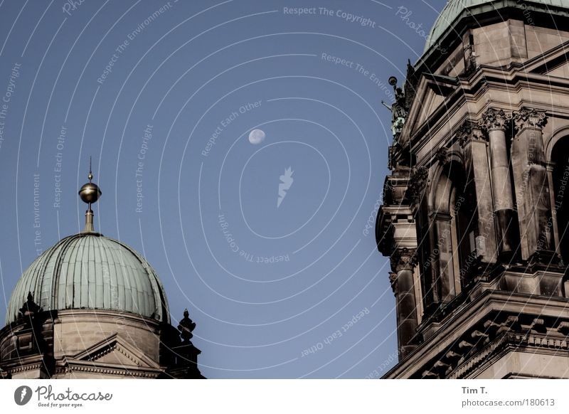 Mond über Berlin Himmel Haus Berlin Religion & Glaube Deutschland Europa Dach Mitte Mond Dom Berlin-Mitte Hauptstadt Sehenswürdigkeit Kirche