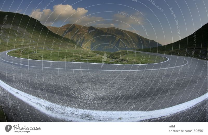 Roadtrip - Rumäniens schönste Kurve Straße Berge u. Gebirge Straßenverkehr Geschwindigkeit fahren Fischauge Autofahren Sportveranstaltung Pass Rennsport