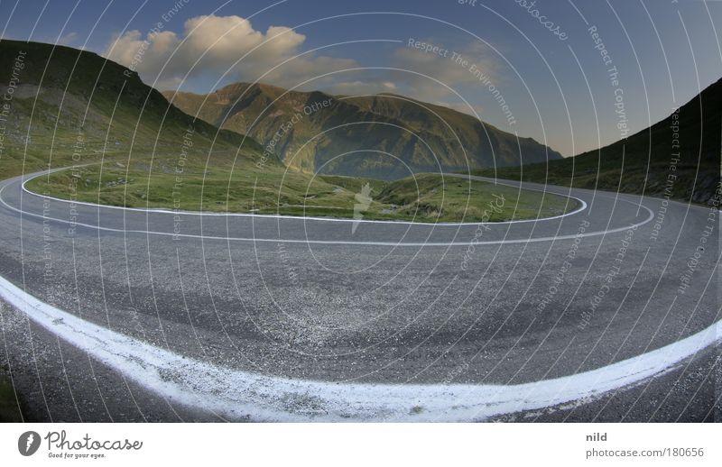 Roadtrip - Rumäniens schönste Kurve Straße Berge u. Gebirge Rumänien Straßenverkehr Geschwindigkeit fahren Fischauge Autofahren Sportveranstaltung Pass Rennsport Motorsport Autorennen Karpaten