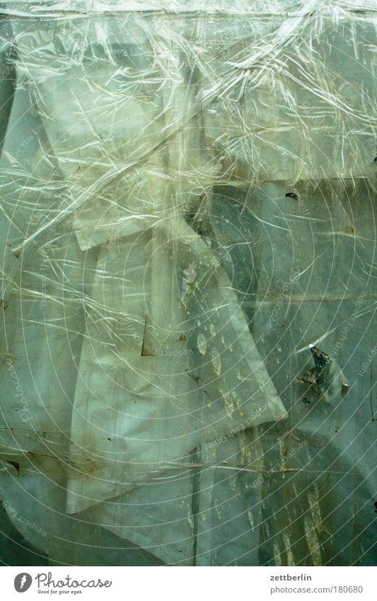 Schaufenster Fenster Glas Fensterscheibe Scheibe Glasscheibe verdeckt beklebt geschlossen geheimnisvoll Abdeckung Gardine Rätsel Strukturen & Formen Ordnung