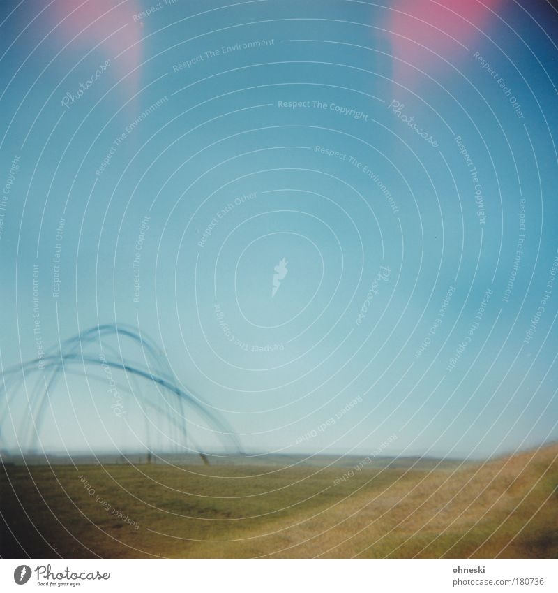 Tarantula III Natur Himmel blau Sommer Wiese Park Landschaft Luft Wahrzeichen Doppelbelichtung Sehenswürdigkeit Wolkenloser Himmel Light leak