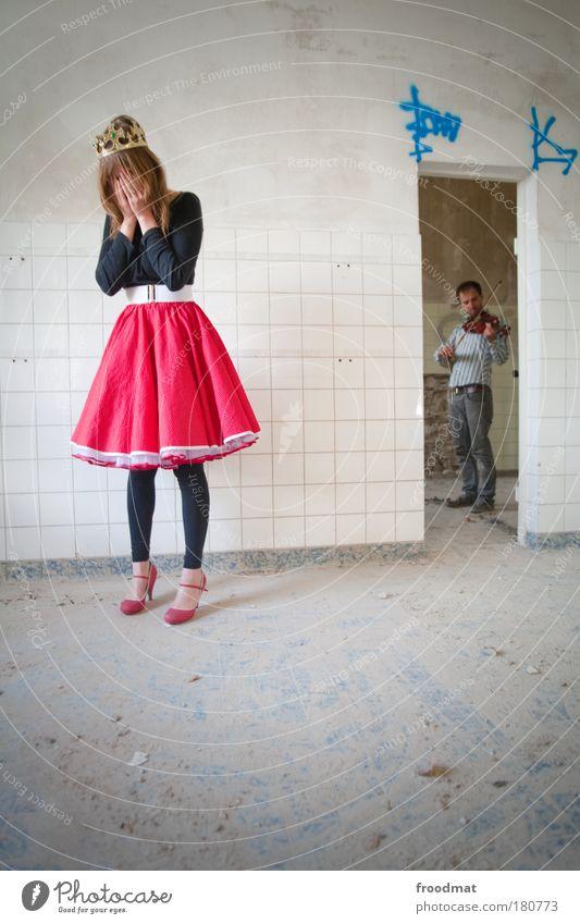 trauerspiel Frau Mensch Mann Jugendliche schön Erwachsene feminin Musik träumen Musiker blond elegant dreckig maskulin Kultur