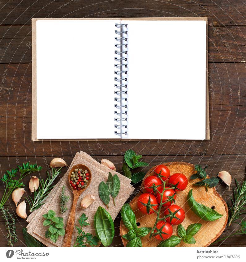 Rohe Lasagne Pasta, Gemüse und Kräuter grün rot Blatt dunkel braun frisch Tisch Papier Kräuter & Gewürze Tradition Backwaren Mahlzeit Vegetarische Ernährung