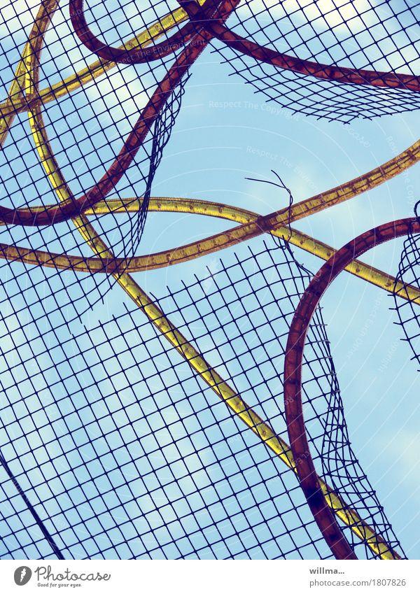 netz|kabelsalat Kabel Kabelsalat Netzwerkkabel Kabelnetz Netzsicherheit kaputt chaotisch Freiheit Kreativität Kunst Sicherheit skurril Versicherung Irritation
