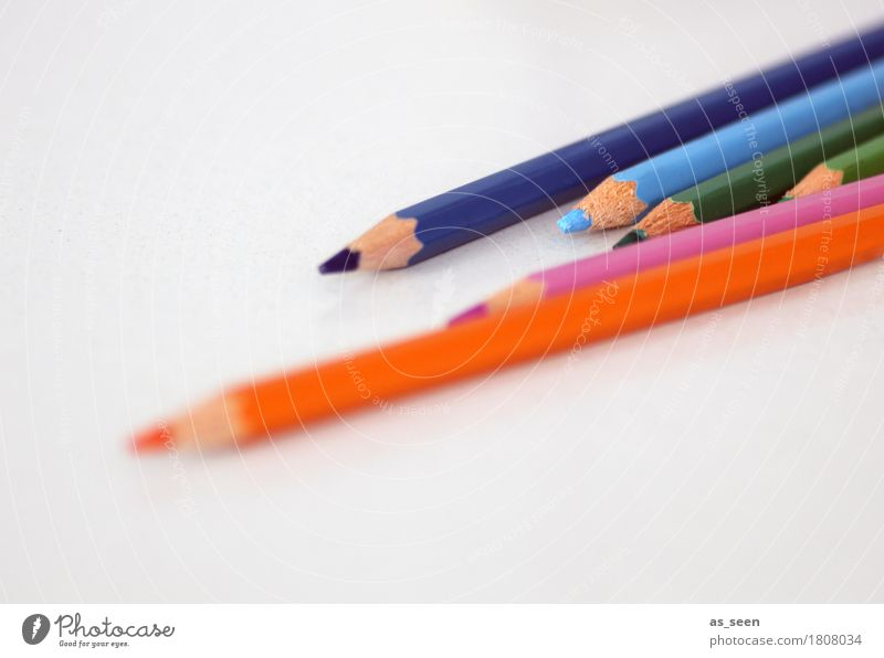 Kreativität blau Farbe grün Gefühle Holz Schule orange Design rosa Freizeit & Hobby liegen Kindheit authentisch Idee lernen
