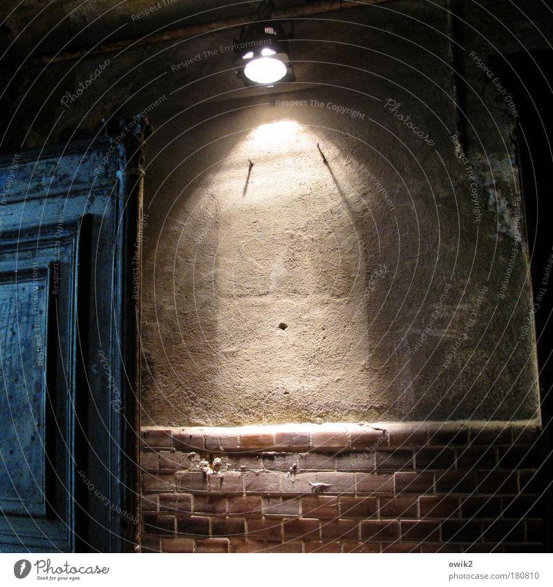 Quantum alt Haus Wand oben Architektur Gebäude Mauer Lampe Beleuchtung Fassade leuchten Häusliches Leben Technik & Technologie Bauwerk Fliesen u. Kacheln Tor
