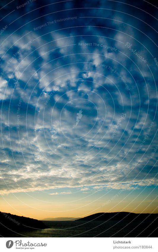 morgen Himmel Natur Wasser blau Sommer Ferien & Urlaub & Reisen Meer Wolken Ferne gelb Freiheit Gefühle Umwelt Glück Stimmung Luft
