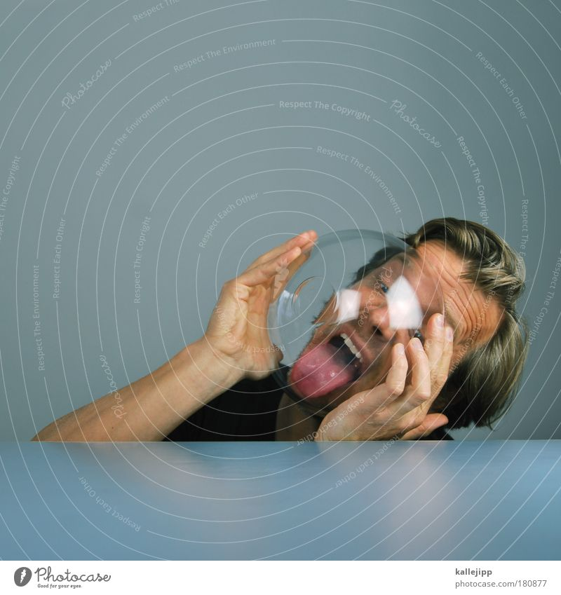 geschirrspülen Mensch Mann Hand Erwachsene Gesicht Auge Leben Haare & Frisuren Kopf Haut Lebensmittel Freizeit & Hobby Mund maskulin Nase Ernährung