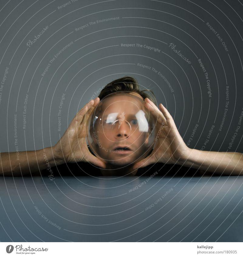 wer im glashaus sitzt Mensch Mann Hand Erwachsene Gesicht Auge Erde Klima Planet Mund maskulin Nase Finger Wassertropfen Lifestyle Porträt