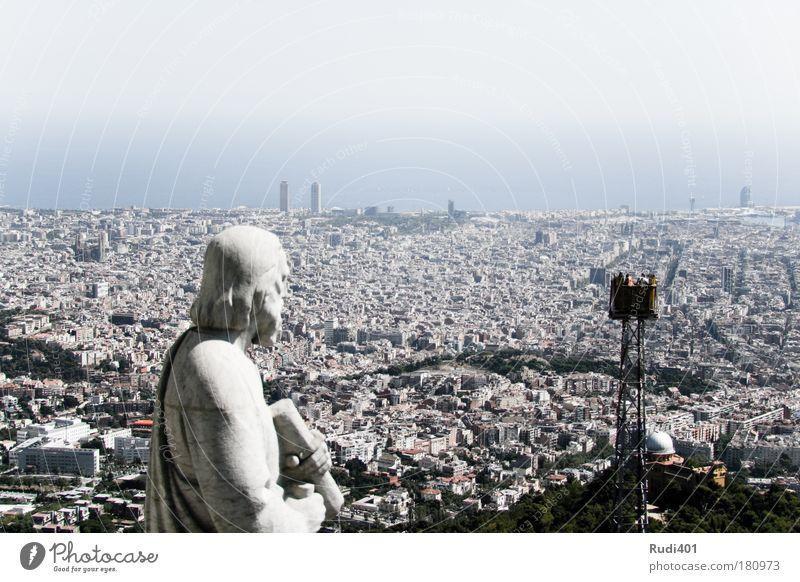 Auf Augenhöhe Mensch Sonne Ferien & Urlaub & Reisen Sommer Ferne Freiheit Kopf Menschengruppe Tourismus Skyline genießen Spanien Sightseeing Barcelona Katalonien Hafenstadt