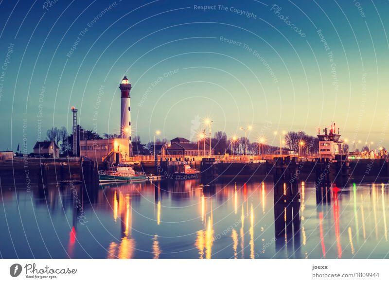 Gestern ein Licht Himmel schön Wasser ruhig hell leuchten Idylle hoch Sicherheit Hafen Frankreich Leuchtturm Kleinstadt