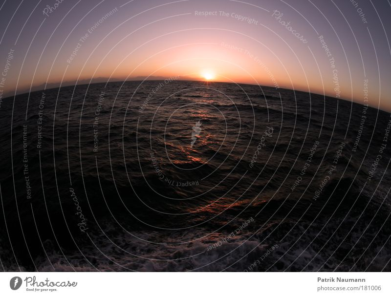Weltumsegler Textfreiraum oben Textfreiraum unten Morgendämmerung Dämmerung Reflexion & Spiegelung Sonnenaufgang Sonnenuntergang Gegenlicht Fischauge Stil