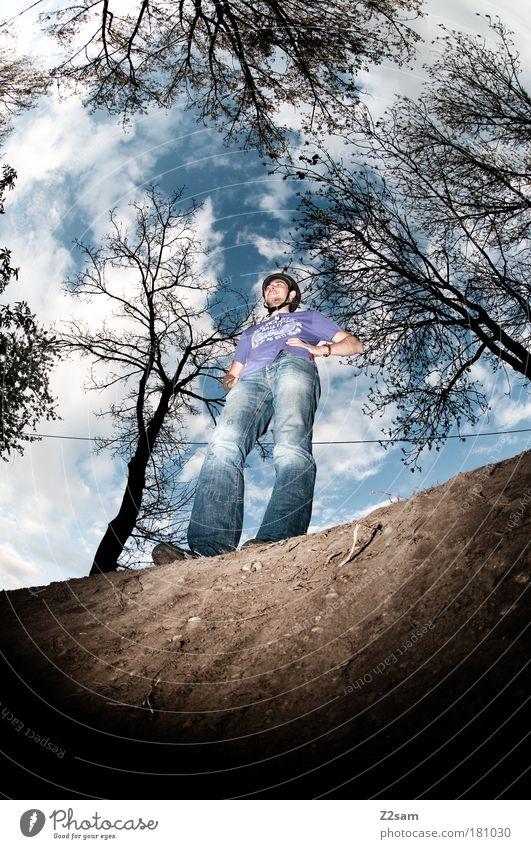 bauherr Mensch Natur Jugendliche Landschaft dunkel oben Sand Stil Arbeit & Erwerbstätigkeit Kraft Freizeit & Hobby maskulin stehen Lifestyle Coolness bedrohlich