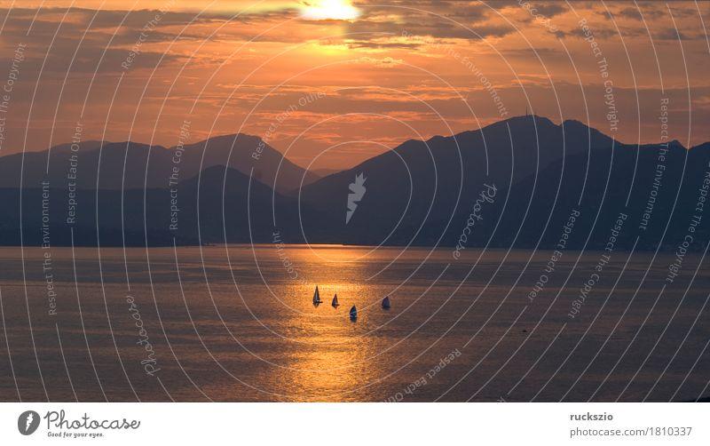 Sunset, Evening, Lake Garda, Ferien & Urlaub & Reisen Wasser Sonne Landschaft Wolken Berge u. Gebirge See Stimmung Wasserfahrzeug Freizeit & Hobby Italien Alpen