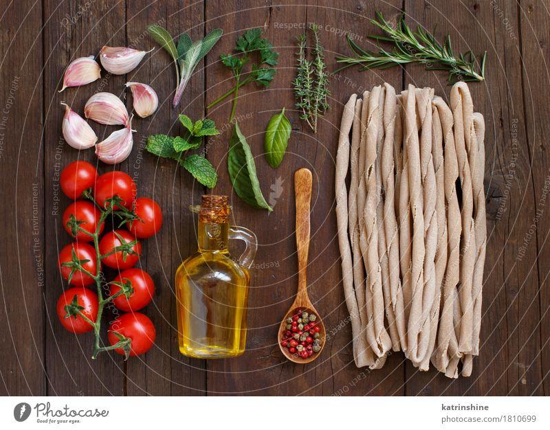 grün rot Blatt dunkel braun frisch Tisch Kräuter & Gewürze Gemüse Tradition Backwaren Flasche Mahlzeit Vegetarische Ernährung Diät Tomate