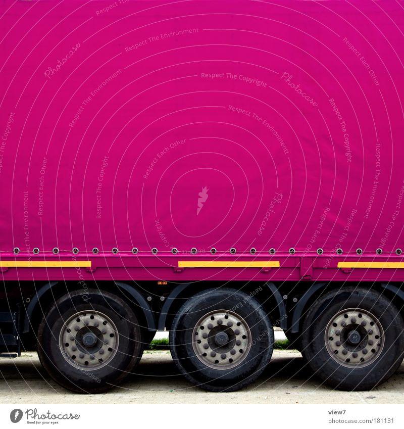 Mein Laster: pink. Ferne Straße Linie rosa Ordnung Design groß Verkehr authentisch Streifen Güterverkehr & Logistik rein Zeichen Lastwagen KFZ Fahrzeug