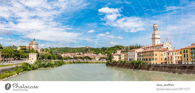 Verona im Sommer Ferien & Urlaub & Reisen Stadt blau grün schön Wolken Haus gelb Architektur Gebäude Park Europa Kirche Italien Fluss