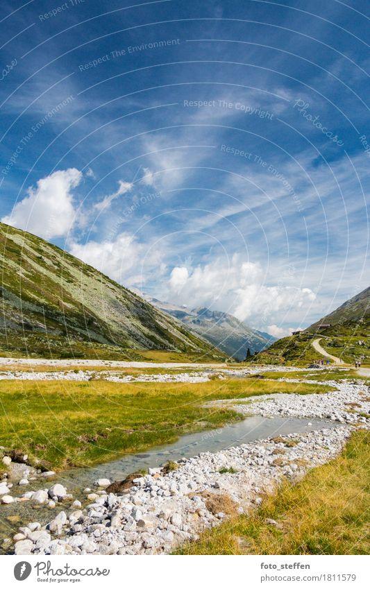 Hochebene in den Alpen Himmel Natur Ferien & Urlaub & Reisen blau Sommer grün Wasser Landschaft Wolken Ferne Berge u. Gebirge Wärme gelb Gras Freiheit Horizont