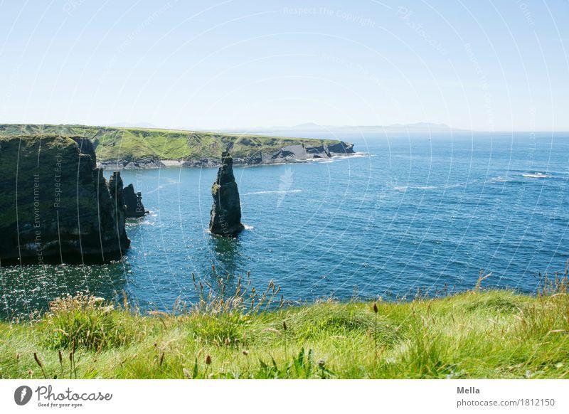 Standhaft Natur blau Wasser Landschaft Meer Erholung ruhig Umwelt natürlich Küste Gras Freiheit Felsen hoch Bucht maritim
