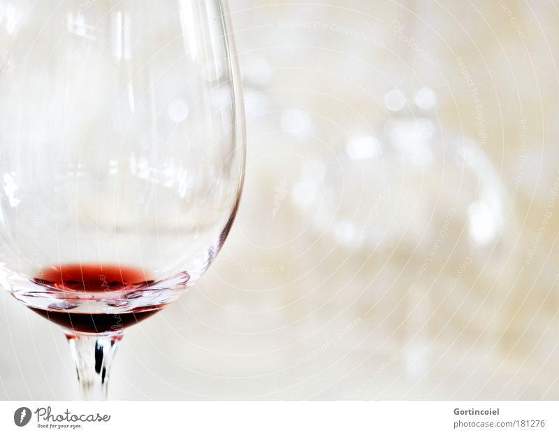 Kristallklar rot Ernährung glänzend Glas leer Getränk trinken Lebensmittel Wein Restaurant lecker genießen Alkohol edel Rest Sucht