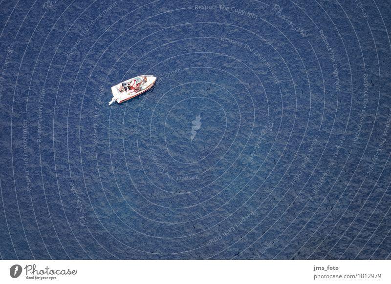 Das Boot im Meer Freude Schwimmen & Baden Ferien & Urlaub & Reisen Tourismus Sommerurlaub Sonne Strand Wassersport Mensch 4 Wellen Küste Schifffahrt Bootsfahrt