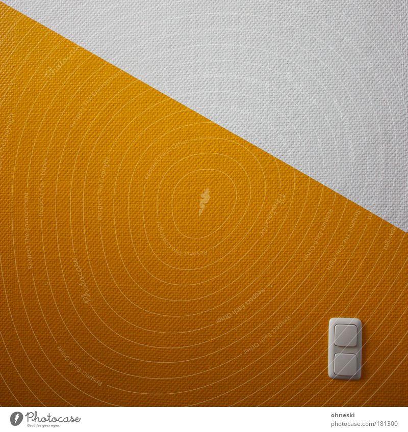 Licht an! weiß Haus gelb Gebäude Energie Energiewirtschaft Elektrizität Technik & Technologie Wissenschaften Lichtschalter Erneuerbare Energie Energiekrise