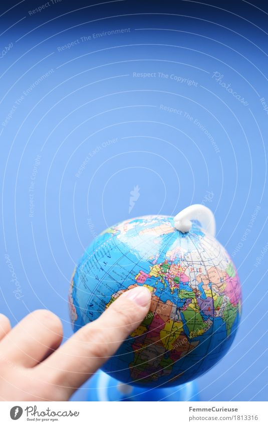Globus_1813316 blau Hand außergewöhnlich Erde Europa Kultur Klima Afrika Mittelmeer Klimawandel Krise Atlantik international Fremdsprache global