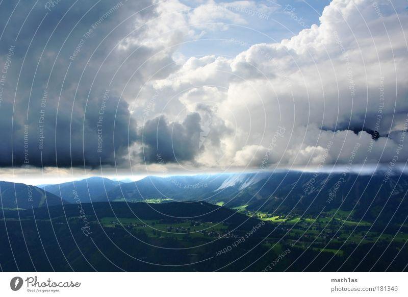 Wo sich Himmel und Erde berühren Natur grün blau Wolken Wald Berge u. Gebirge Landschaft Stimmung Zukunft