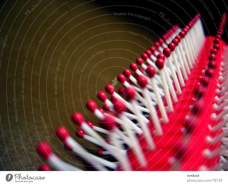 Haarkamm01 Dinge Reihe Körperpflege Symmetrie Bürste Borsten Reihenfolge aufgereiht Haarbürste Haarpflege hintereinander