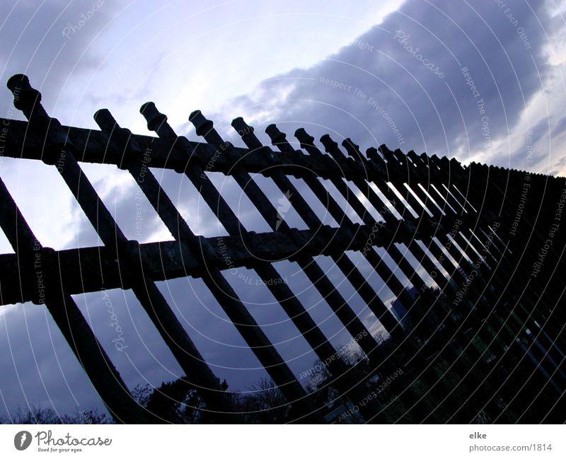 geländer Wolken Dinge Eisenrohr Gitter