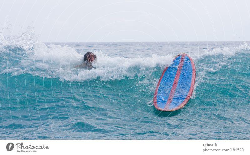 Dusche Meer Sommer Freude Sport Haare & Frisuren Kopf Wellen Angst Erfolg Freizeit & Hobby fallen tauchen Wasser Surfen kämpfen